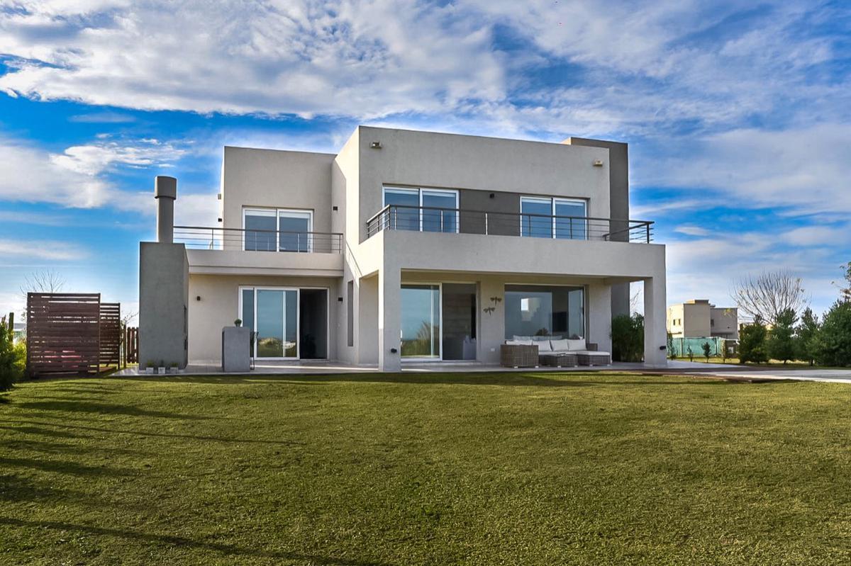 Foto Casa en Alquiler en  El Canton - Golf,  Countries/B.Cerrado  Canton Golf