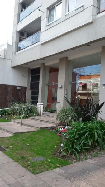 Foto Departamento en Venta en  Lomas de Zamora Oeste,  Lomas De Zamora  Mitre 353 2° B