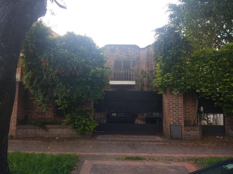 Foto Casa en Venta en  Ituzaingó Norte,  Ituzaingó  Lavalle al 300
