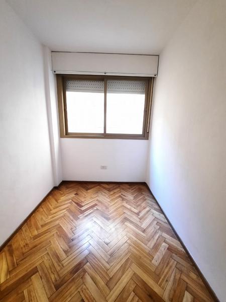 Foto Departamento en Venta en  Macrocentro,  Rosario  Zeballos 1565 02-06