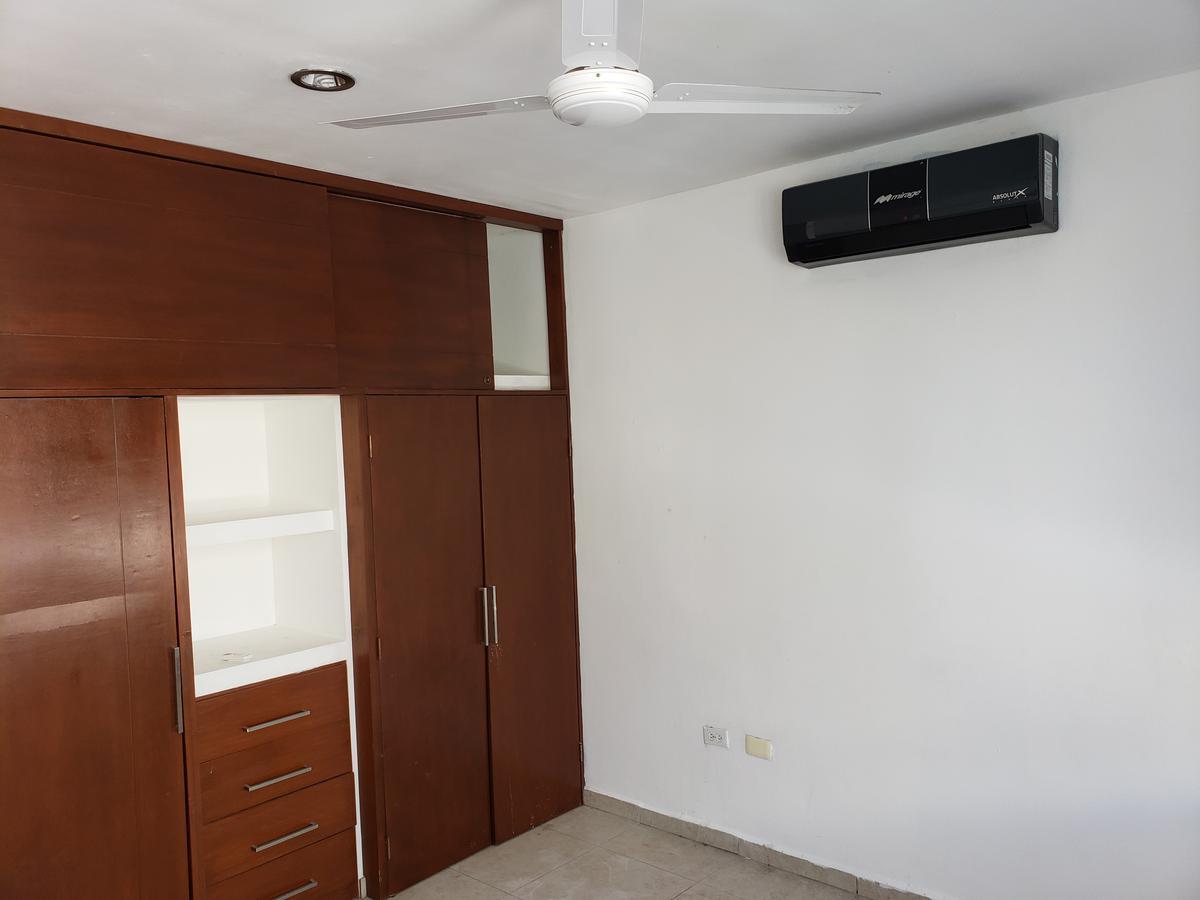 Foto Departamento en Renta en  Residencial Cumbres,  Cancún  Departamento en renta Av Colosio, Avenida Huayacan, Cumbres Cancun