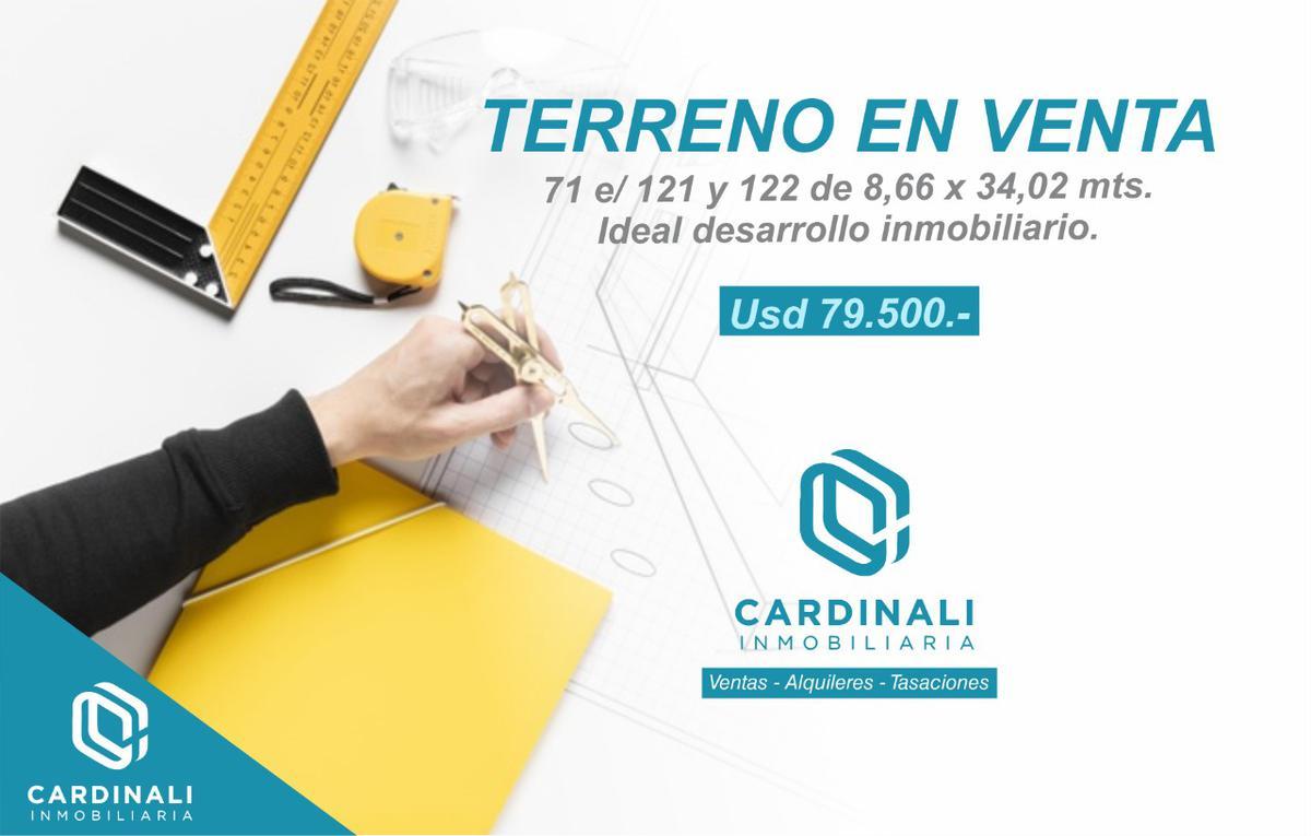 Foto Terreno en Venta en  La Plata ,  G.B.A. Zona Sur  71 e 121 y 122
