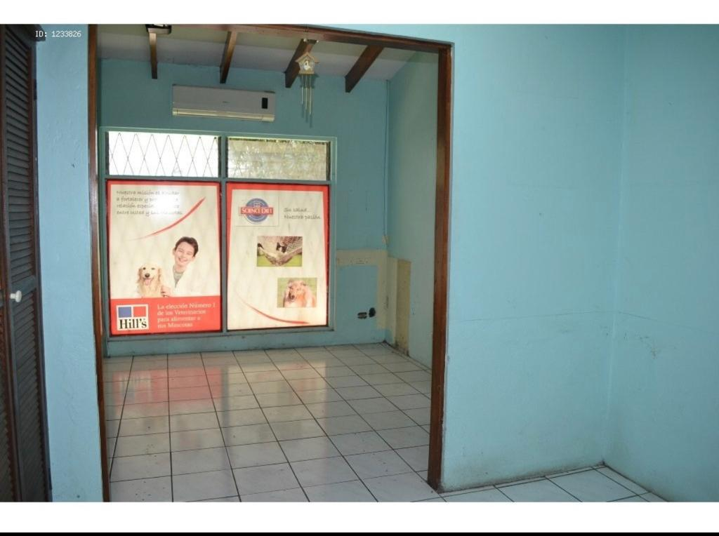 Foto Local en Venta en  Escazu,  Escazu  Local Comercial/ Cerca multiplaza/ Exposición