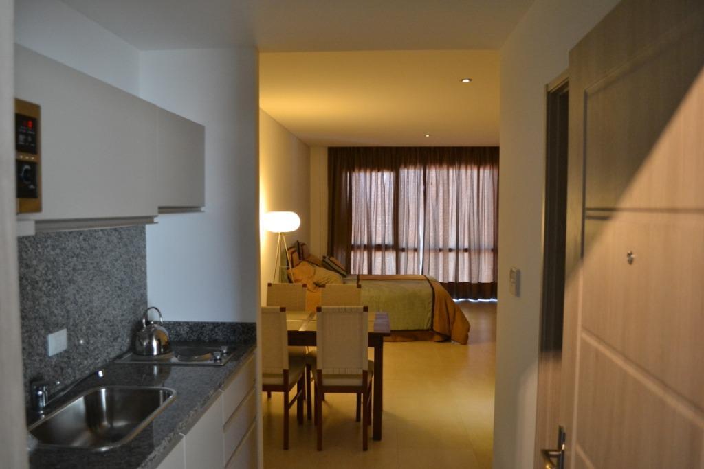 Foto Departamento en Alquiler temporario en  Wyndham Hotel,  Bahia Grande  av del Puerto al 200. Condominio Wyndham. Nordelta