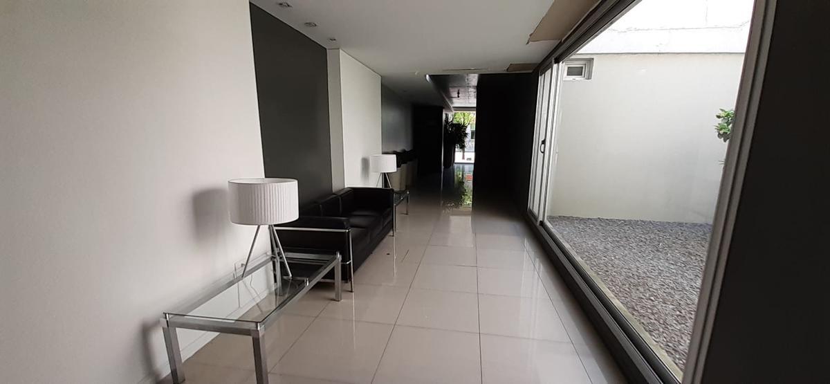 Foto Apartamento en Venta en  Atahualpa ,  Montevideo  Millán al 2900