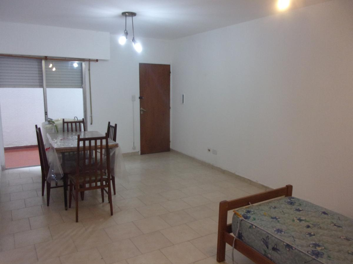Foto PH en Alquiler en  Centro,  Rosario  San Luis al 2800