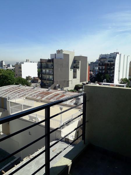 Foto Departamento en Venta en  Liniers ,  Capital Federal  Caaguazu 6181 4 B