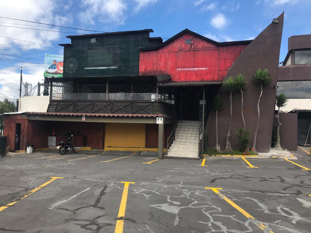 Foto Local en Alquiler en  Norte de Quito,  Quito  Av. República y Mañosca Local dentro de Centro Comercial