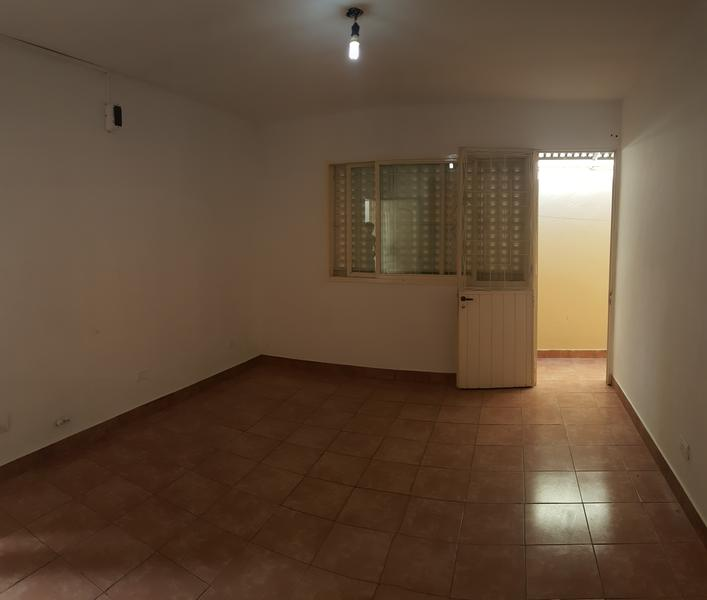 Foto Departamento en Alquiler en  Moron Sur,  Moron  Alessandri 779. Dto. 2. Moron
