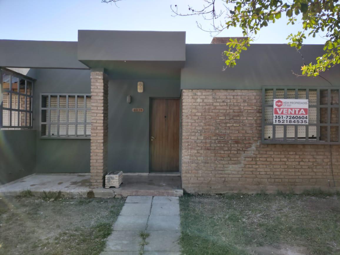 Foto Casa en Venta en  Poeta Lugones,  Cordoba Capital  Amicis al 4200