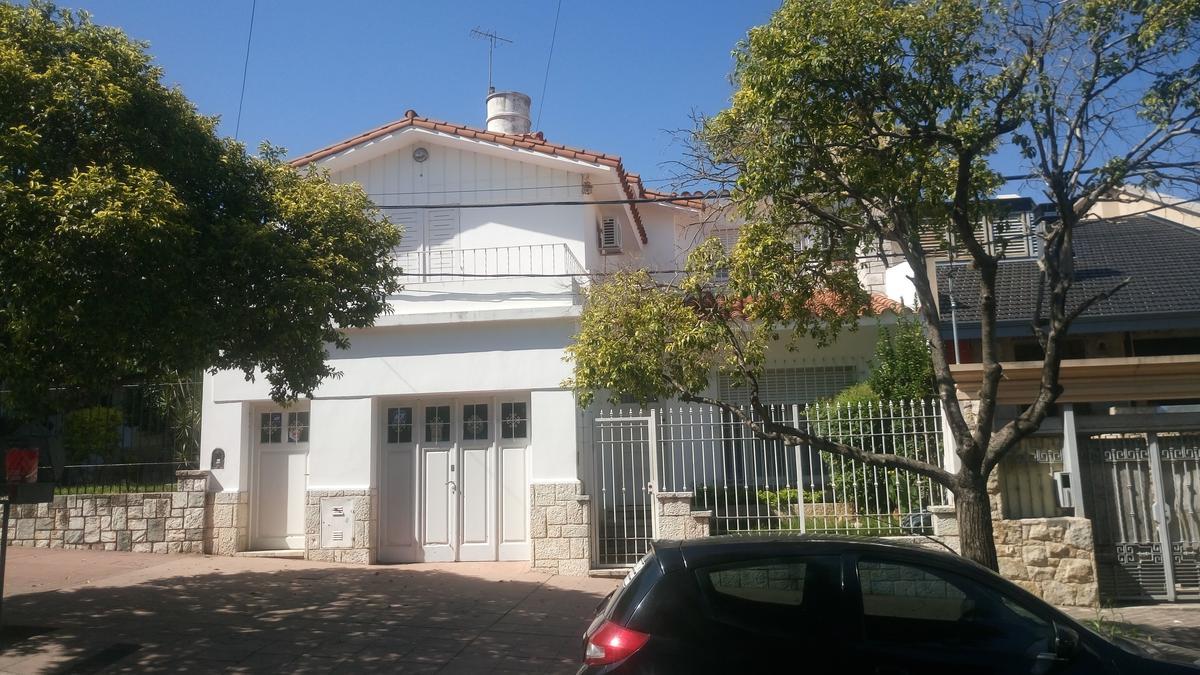 Foto Casa en Venta en  General Paz,  Cordoba  Gral. Guemes al 500