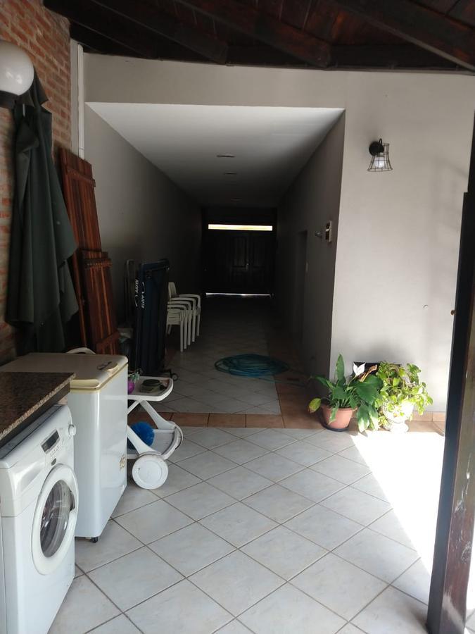 Foto Casa en Venta en  Ramos Mejia Sur,  Ramos Mejia  SANTANDER al 1200