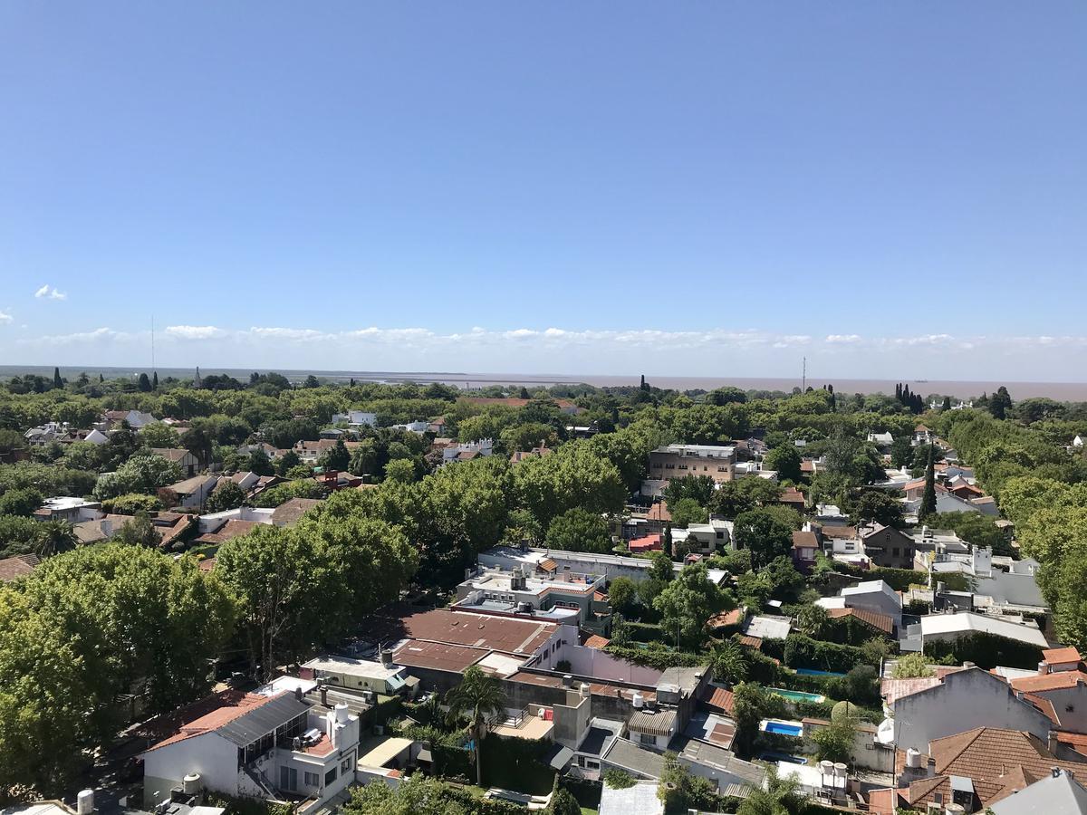 Foto Departamento en Venta en  S.Isi.-Vias/Rolon,  San Isidro  Av. Centenario al 900