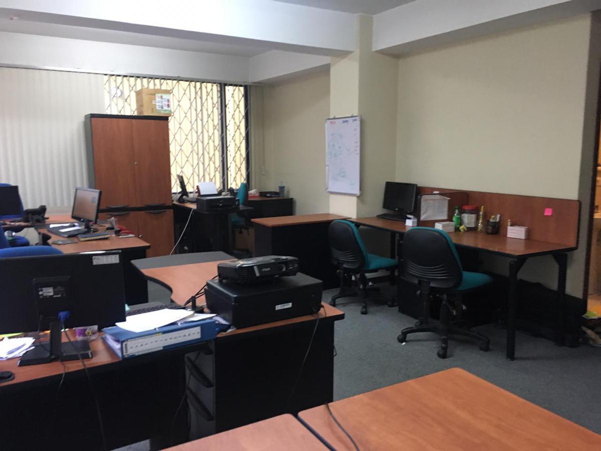 Foto Oficina en Alquiler en  Centro Norte,  Quito  ARRIENDO OFICINA, 42,12m²,  AV. MARIANA DE JESÚS