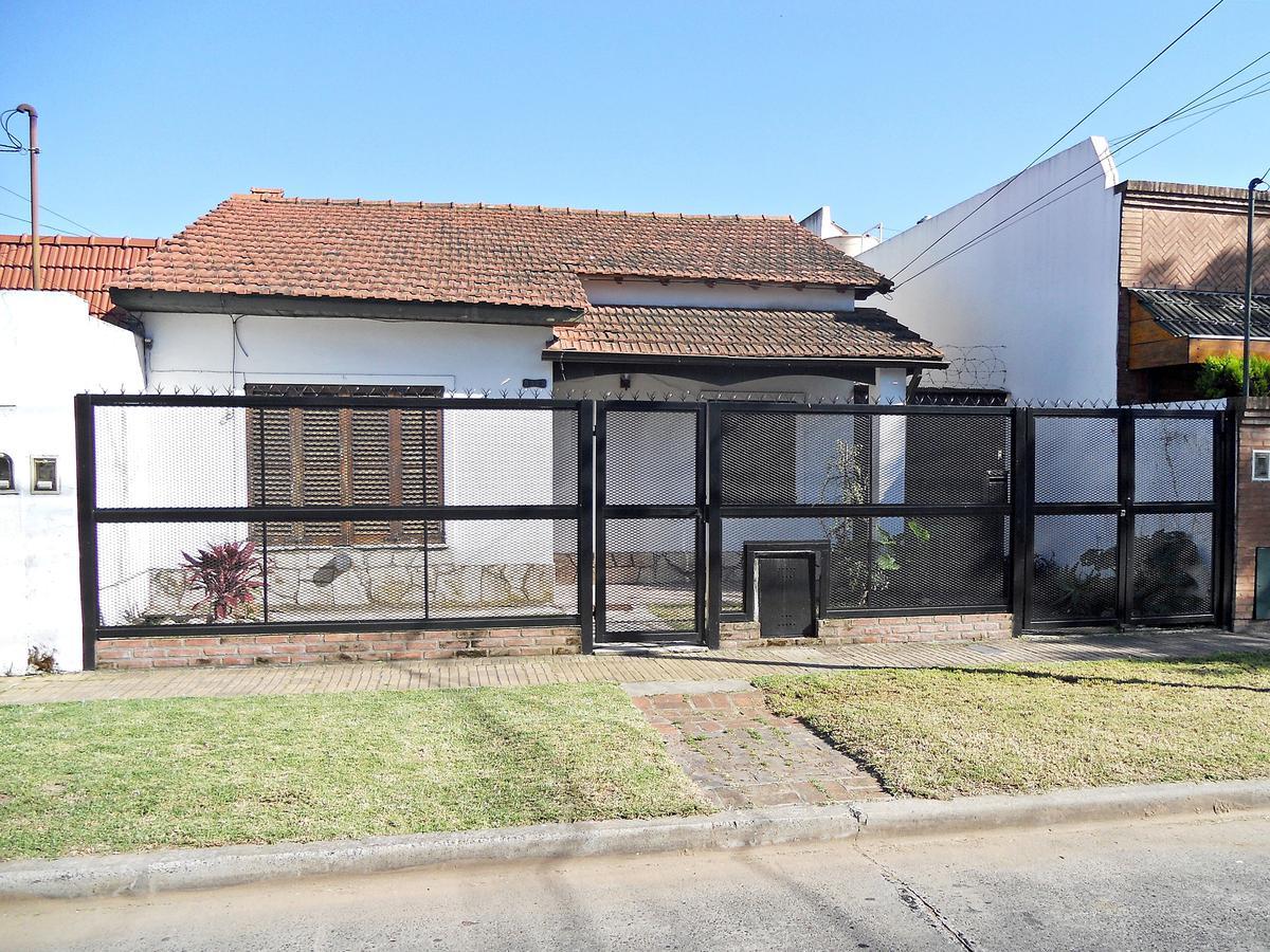Foto Casa en Venta en  Carapachay,  Vicente López  Acassuso al 5400