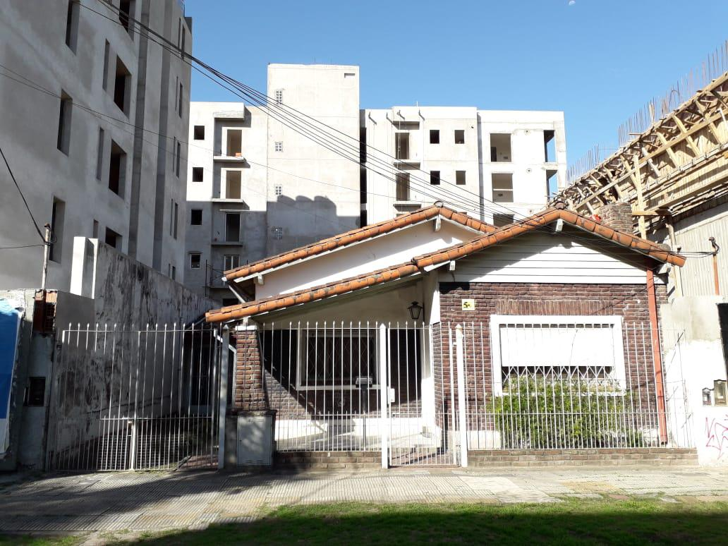 Foto Casa en Venta en  Ituzaingó Norte,  Ituzaingó  Paulino Rojas al 400