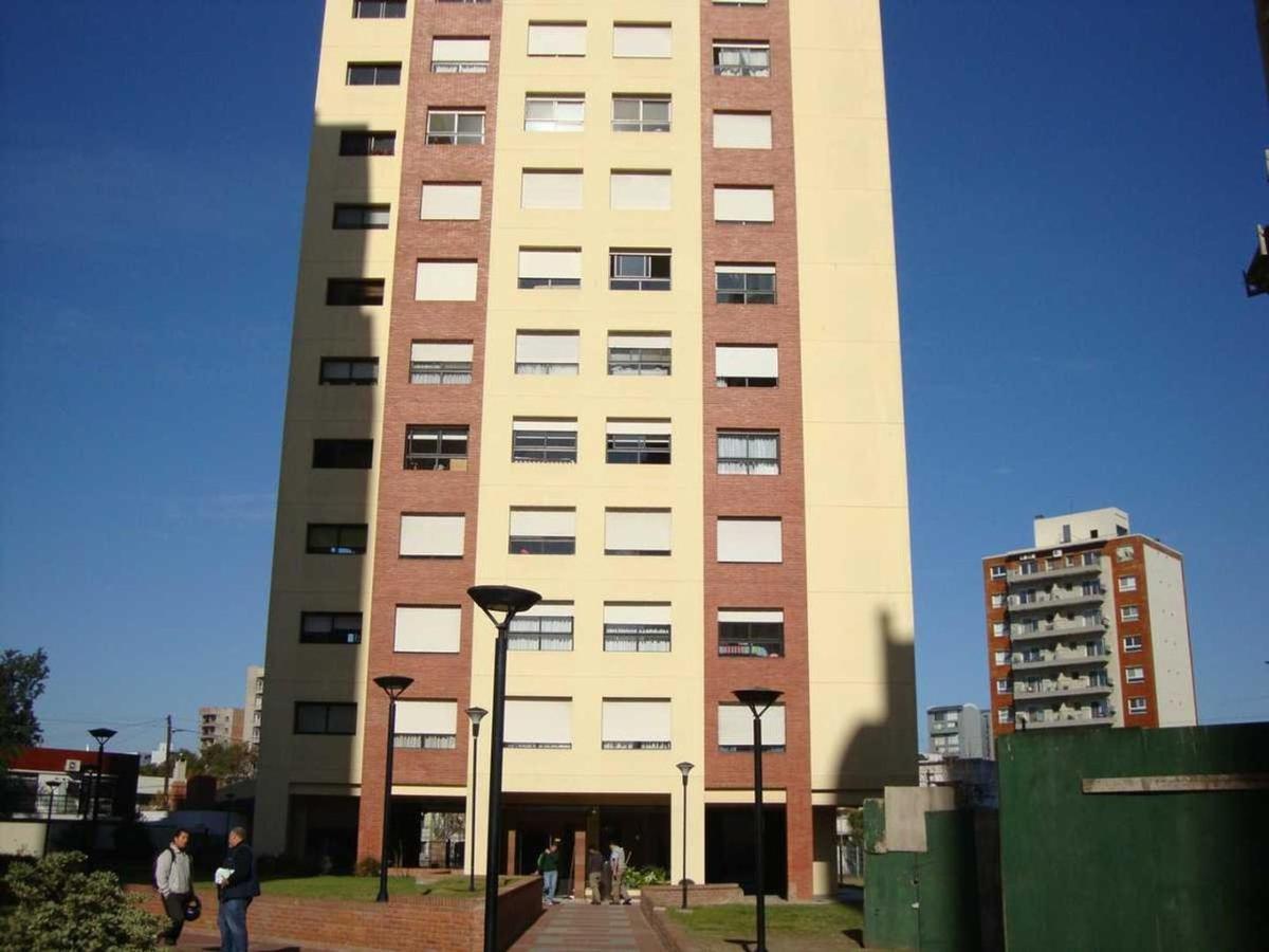 Foto Departamento en Venta en  Terrazas De Quilmes,  Countries/B.Cerrado (Quilmes)  Guido al 400