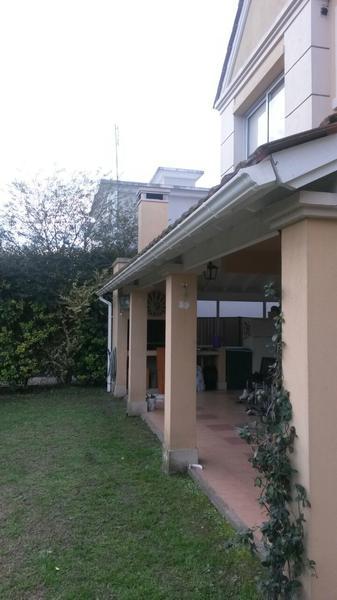 Foto Casa en Venta en  Altos Del Sol,  Countries/B.Cerrado (Ituzaingó)  Barrio Privado Altos del Sol
