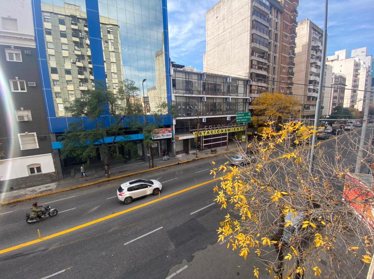 Foto Departamento en Alquiler en  Centro,  Cordoba Capital  Avenida Colon al 700