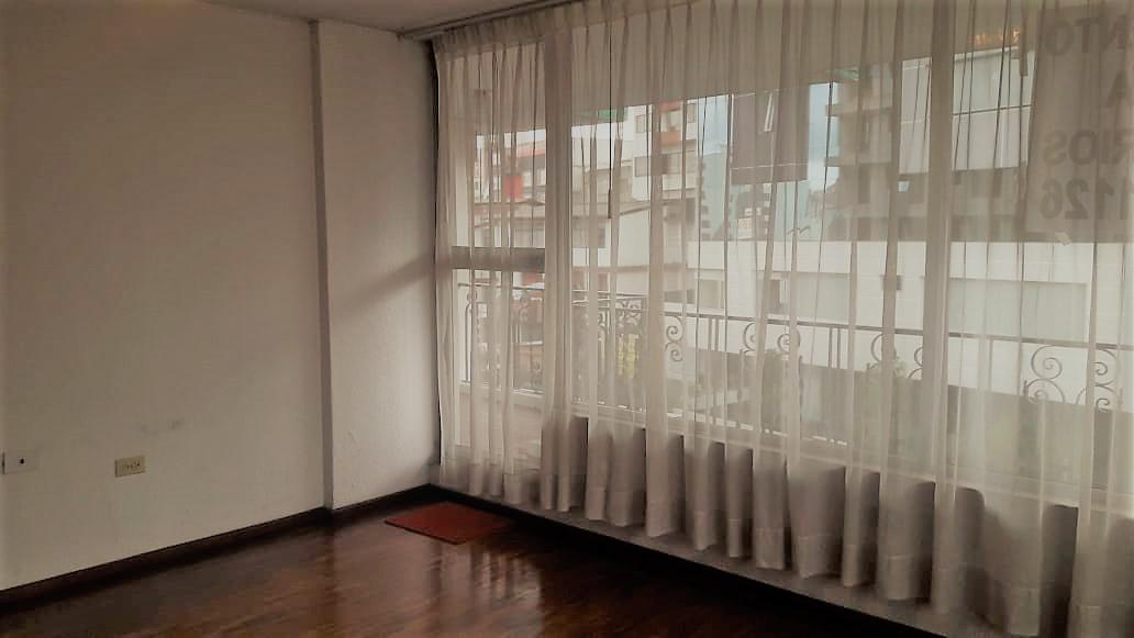 Foto Departamento en Alquiler en  Centro Norte,  Quito  Rumipamba