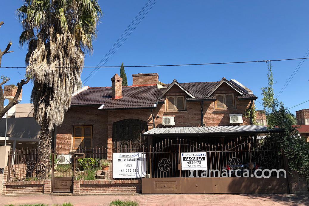 Foto Casa en Alquiler en  Urca,  Cordoba  Araujo al 1100