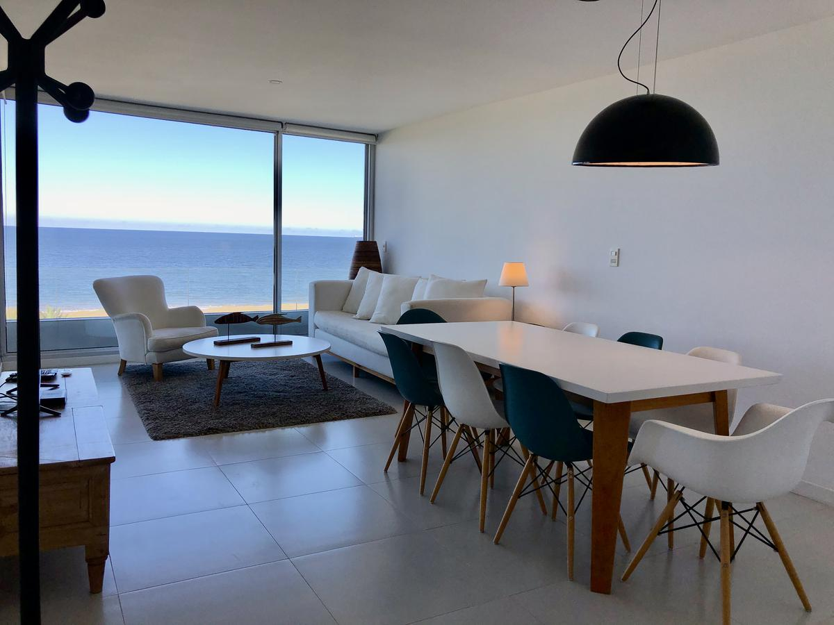 Foto Apartamento en Venta en  Playa Mansa,  Punta del Este  Edificio Lumiere