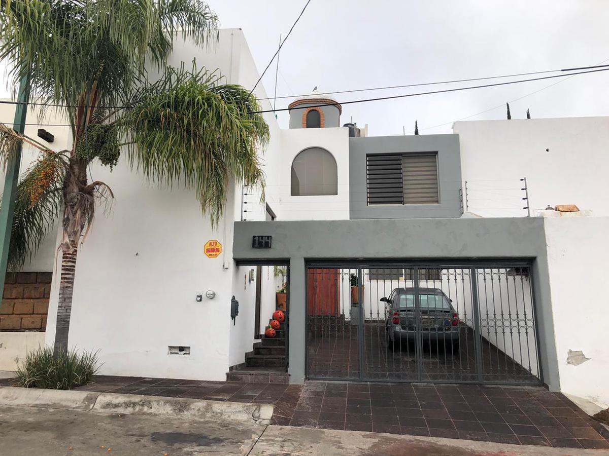 Foto Casa en Venta en  San Luis Potosí ,  San luis Potosí  LINDA CASA EN VENTA EN LOMAS 4A SECCION, SAN LUIS POTOSI