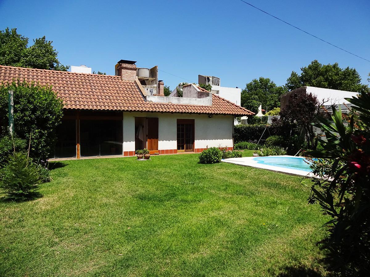 Foto Casa en Venta en  General Pico,  Maraco  Av. San Martín e/ 107 y 109