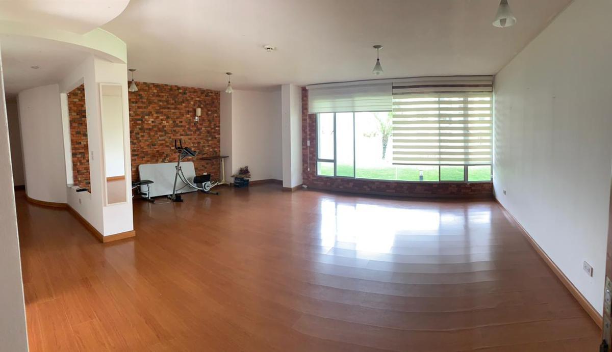 Foto Departamento en Venta   Alquiler en  Tumbaco,  Quito  TUMBACO, VENTA Y /O RENTA LINDO DEPARTAMENTO P.B. JARDINES