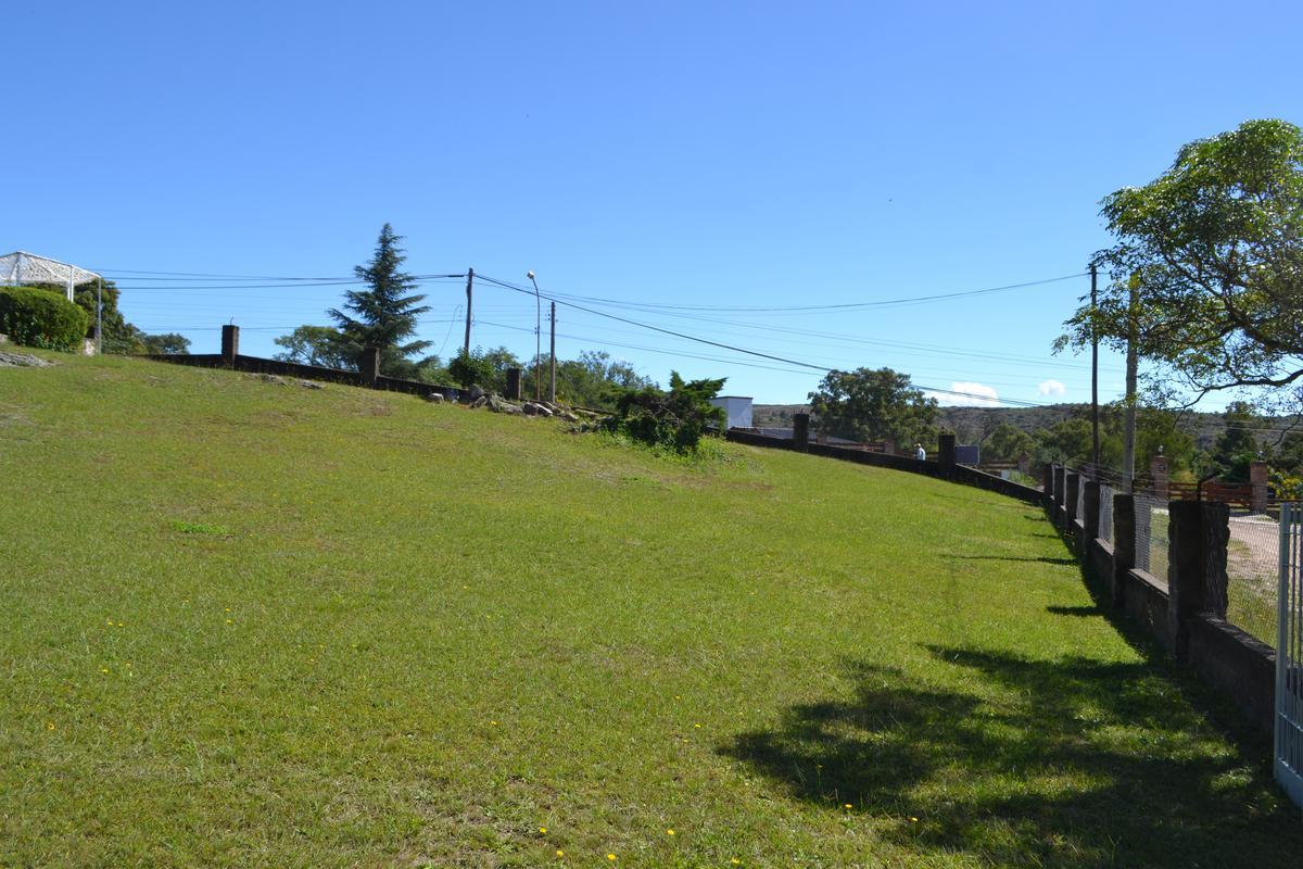 Foto Terreno en Venta en  Tanti,  Punilla  La mejor esquina de Tanti