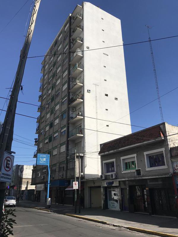 Foto Departamento en Alquiler en  Lomas de Zamora Oeste,  Lomas De Zamora  SAENZ 343 11º E