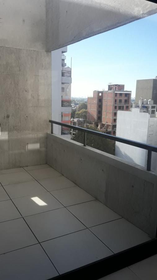Foto Departamento en Venta en  General San Martin ,  G.B.A. Zona Norte  Pueyrredon 3476 San Martín- SE TOMA PERMUTA-/Palier privado, balcón terraza/ espacio verde