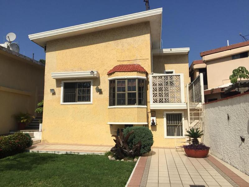 Foto Casa en Renta en  Fraccionamiento Loma de Rosales,  Tampico  Casa en Venta o Renta