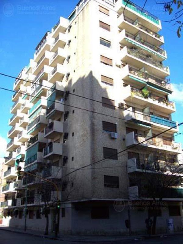 Foto Departamento en Alquiler en  Constitución ,  Capital Federal  SOLIS al 1000