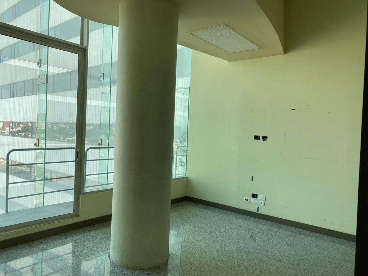 Foto Oficina en Renta en  Del Valle,  San Pedro  OFICINA EN RENTA MOLL DEL VALLE SAN PEDRO