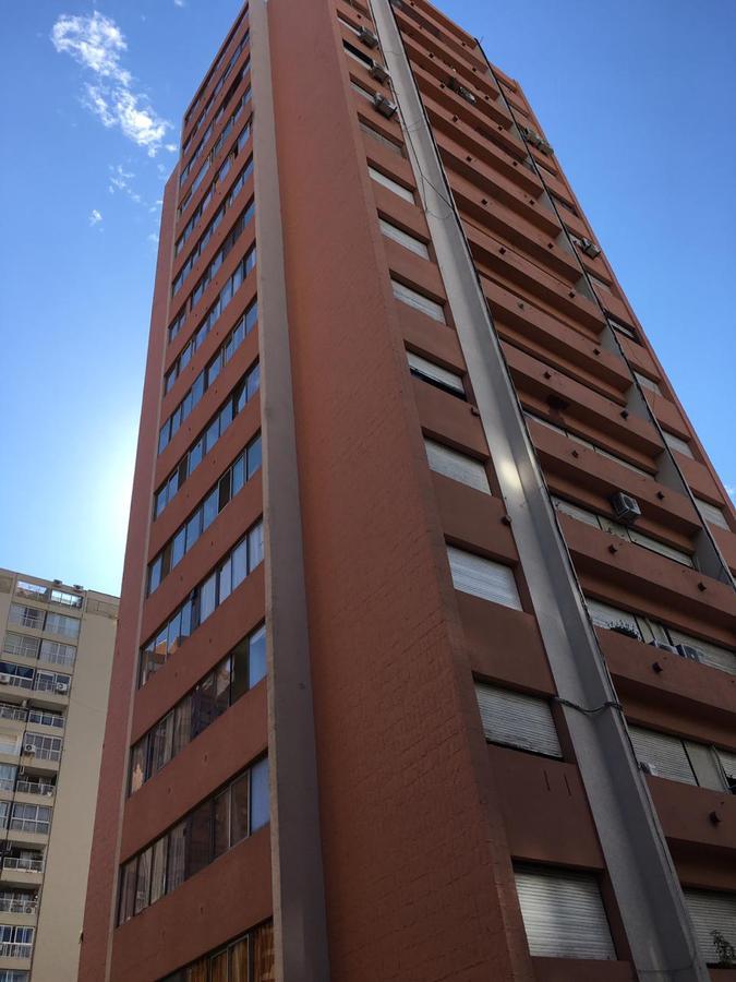 Foto Departamento en Venta en  V.Lopez-Vias/Maipu,  Vicente Lopez   Azcuénaga 1400