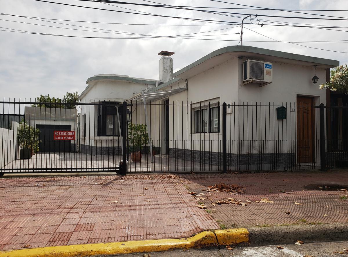 Foto Casa en Venta en  Colonia del Sacramento ,  Colonia  Casa ubicada en zona 3 avenidas