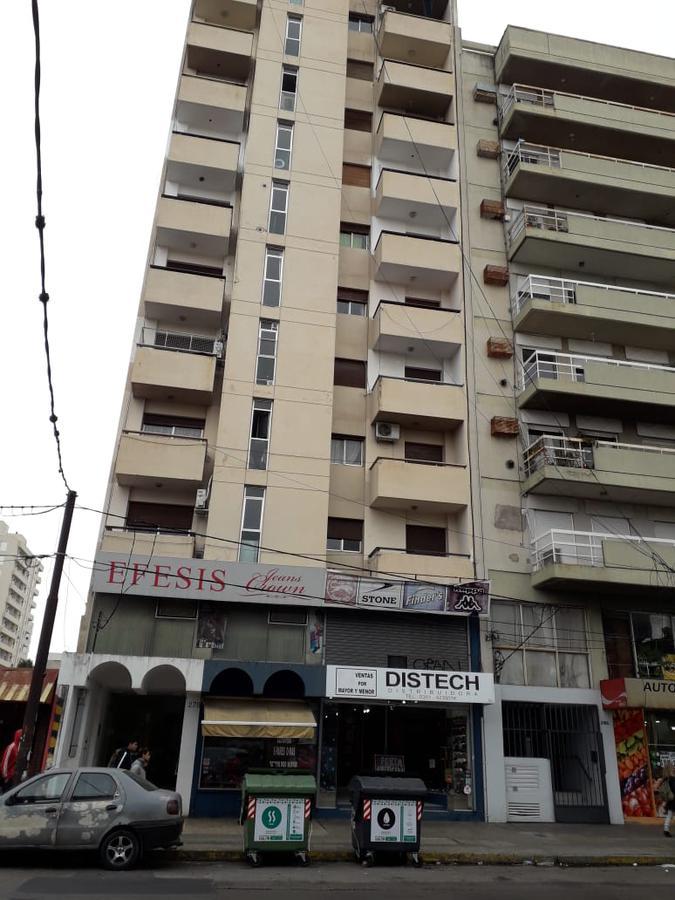 Foto Departamento en Venta en  Alberdi,  Cordoba  AV.SANTA FE al 200