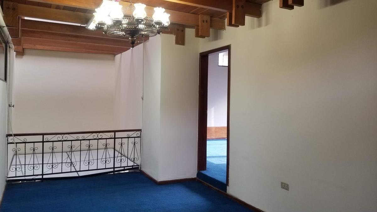 Foto Casa en Alquiler en  Rumipamba,  Quito  MARIANA DE JESUS, SECTOR RUMIPAMBA
