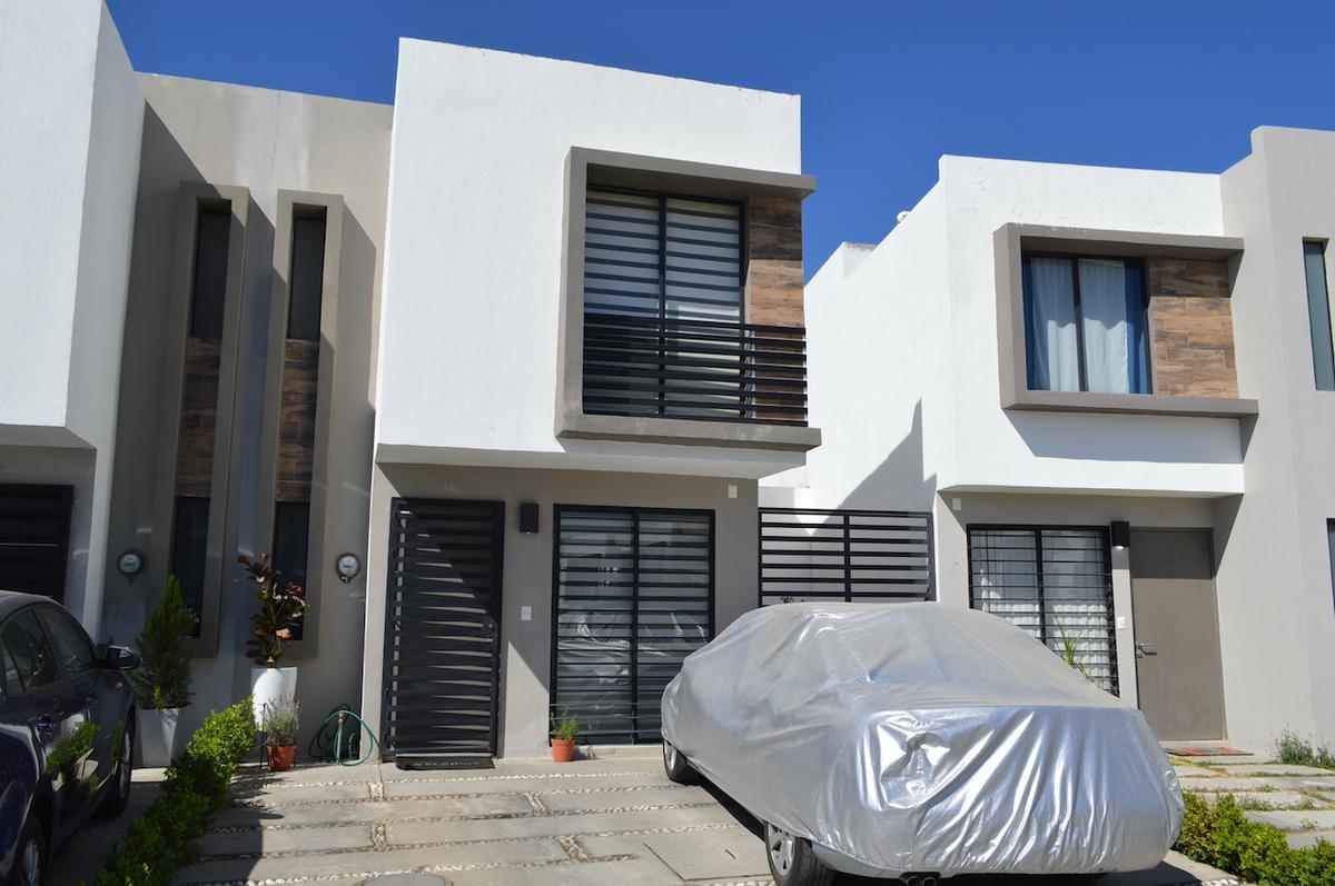 Foto Casa en Venta en  Madeiras,  Zapopan  Sendero de los Robles 4218 16 Altaterra II