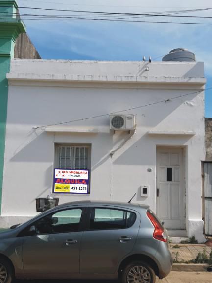 Foto Casa en Alquiler en  Concordia,  Concordia  Espino al 300