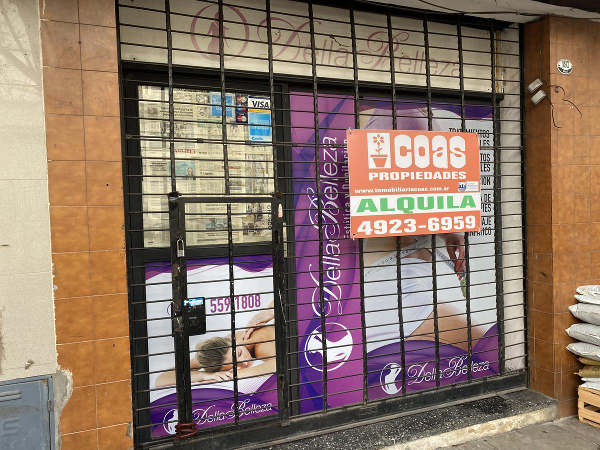 Foto Local en Alquiler en  Caballito ,  Capital Federal  Valle al 100