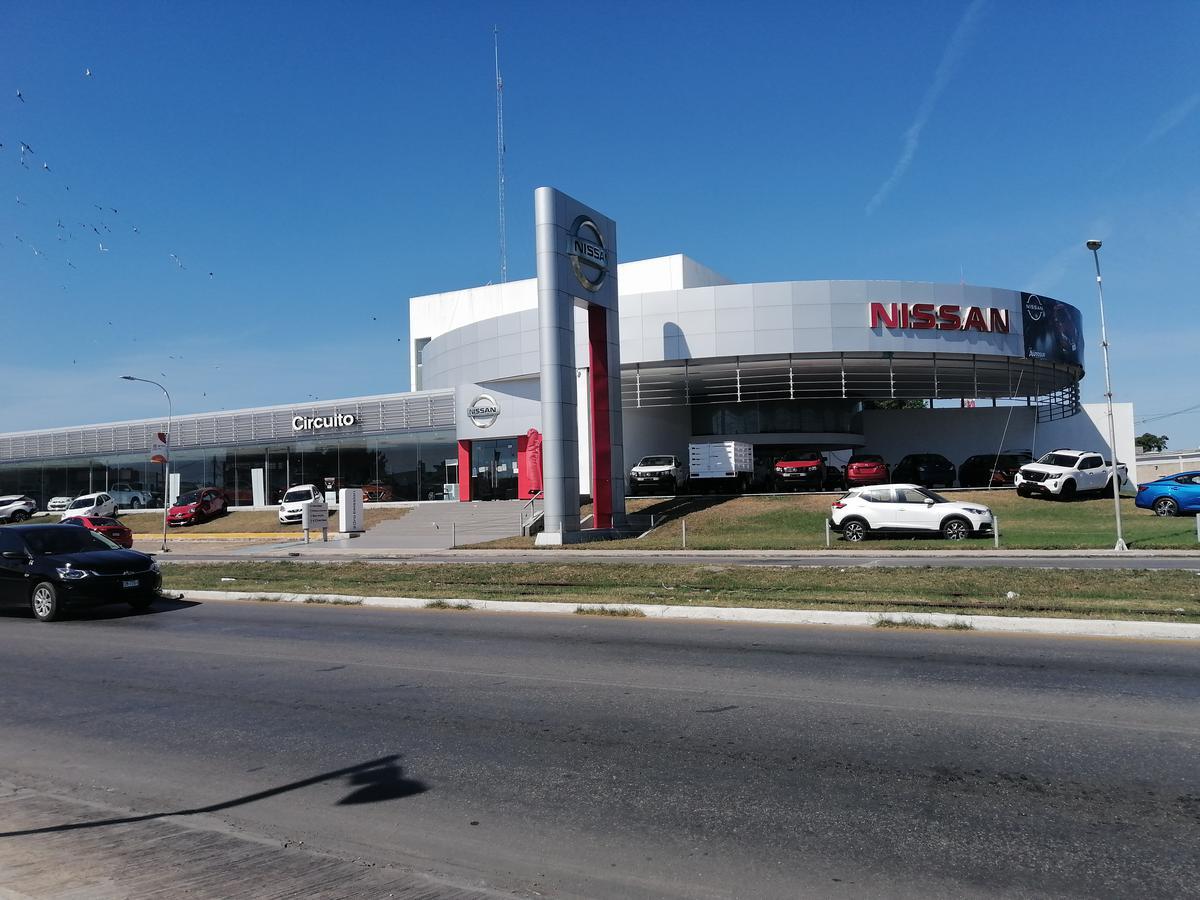 Foto Local en Renta en  Mérida ,  Yucatán  Local con Terreno En Circuito Colonias Norte