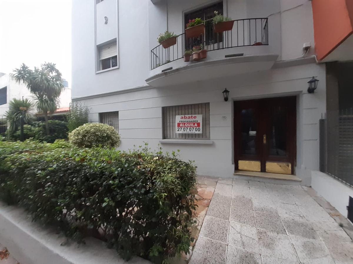 Foto Apartamento en Alquiler en  Pocitos ,  Montevideo  DR JOSÉ SCOSERIA 2500