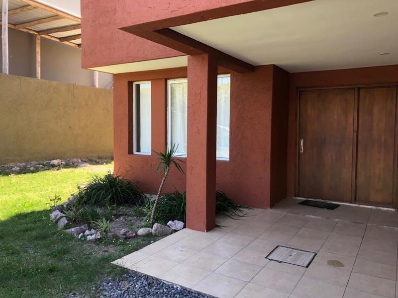Foto Casa en Venta en  La Cuesta,  Countries/B.Cerrado  La Cuesta Country