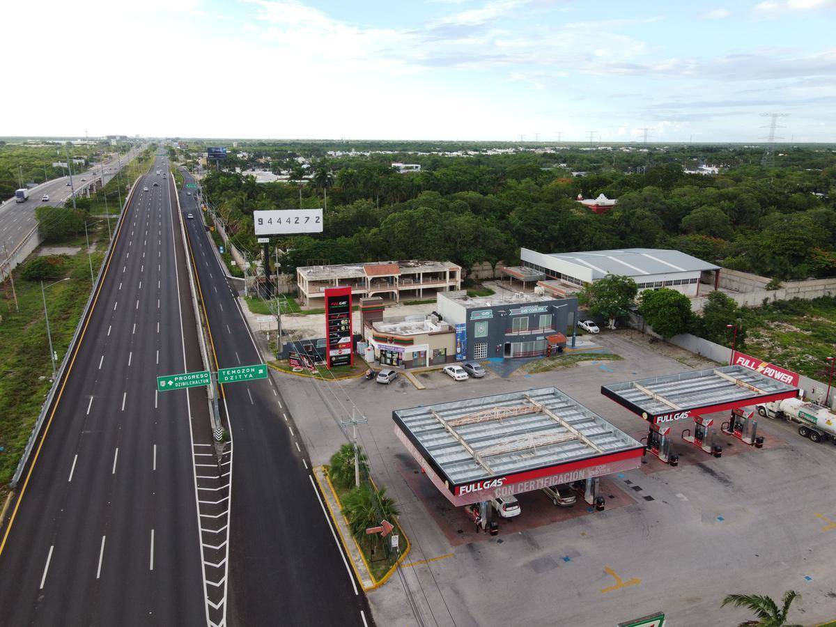 Foto Terreno en Renta en  Temozon Norte,  Mérida  terreno en renta para negocio, carretera Merida, progreso, con equipamiento, cerca de gasolinera
