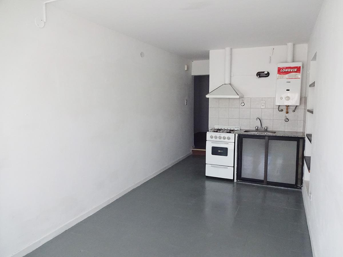 Foto Departamento en Alquiler en  General Pico,  Maraco  13 Nº al 300