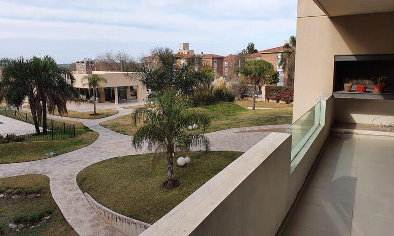 Foto Departamento en Venta en  Altos del Chateau,  Countries/B.Cerrado (Cordoba)  Av. Carcano 280