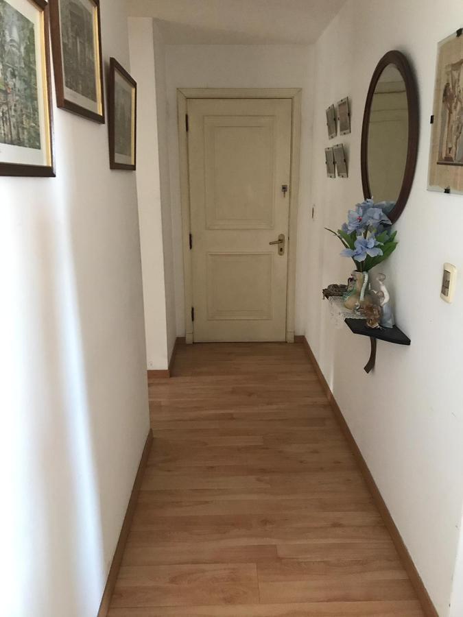 Foto Apartamento en Venta en  Tres Cruces ,  Montevideo  18 de Julio y Br. Artigas - Piso 12 - 2 dorm