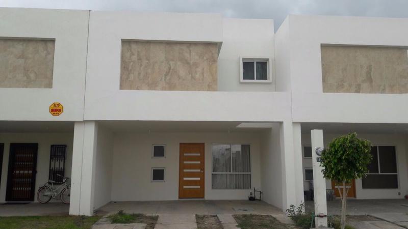 Foto Casa en Renta en  Zona Industrial,  San Luis Potosí  CASA AMUEBLADA EN RENTA FRACC. ORQUIDEA
